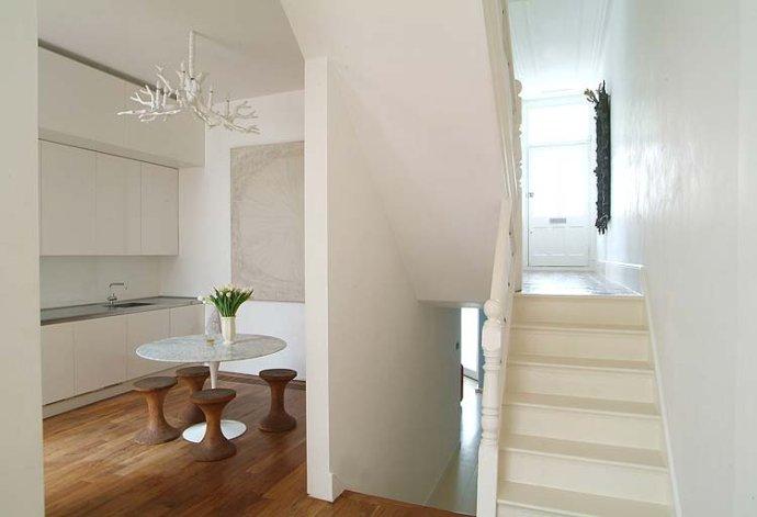 简约风格别墅温馨楼梯装修图片