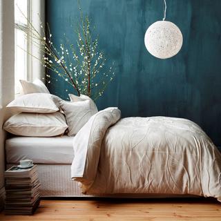 8款极简主义纯白浪美卧室