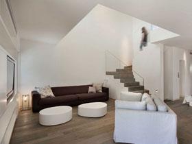 簡約中的溫馨 多圖秀豪華別墅客廳搭配方法