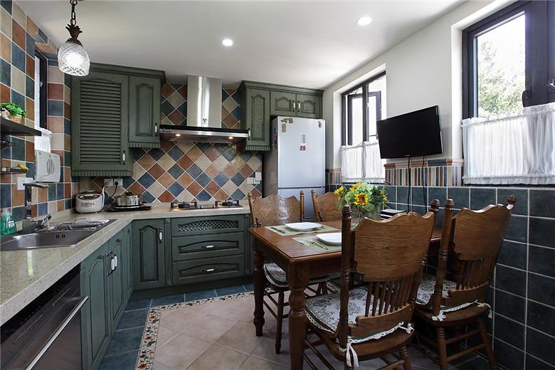 20款经典l型厨房设计 欣赏简约美式风