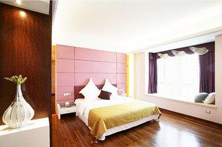 中式风格实用卧室飘窗效果图