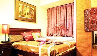 中式风格实用卧室飘窗装修效果图