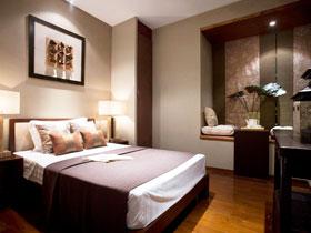 中式也可有飄窗 16圖上演最驚艷臥室