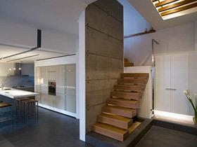 在家也能亲近自然 15款原木镂空简约楼梯