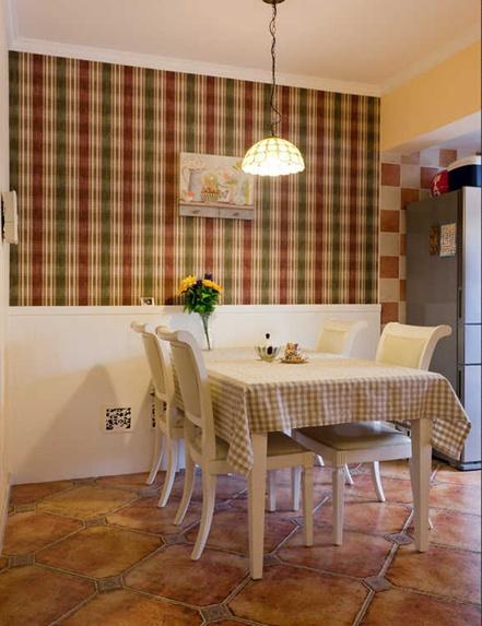 田园风格温馨白色餐桌效果图