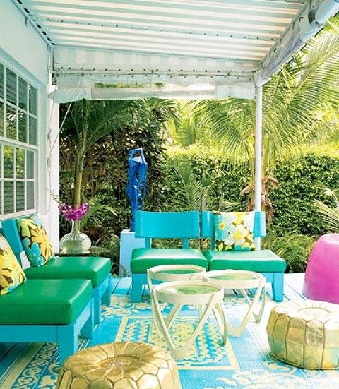简约风格温馨花园餐桌效果图