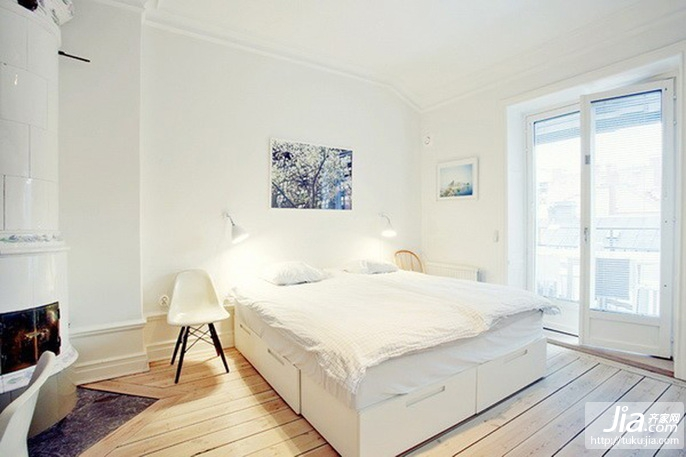 大客厅温馨舒适的设计装修图片