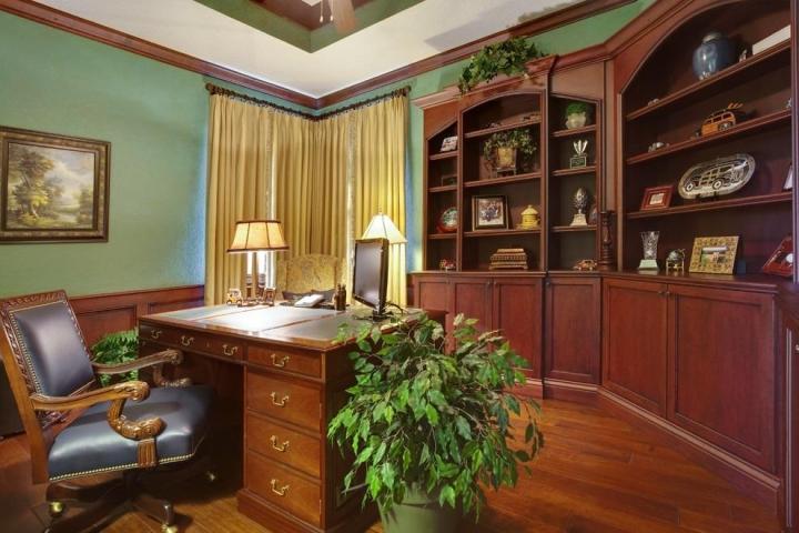 美式风格黄色书桌效果图