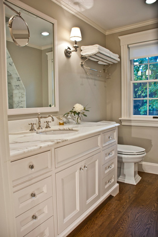 美式风格白色卫生间装修