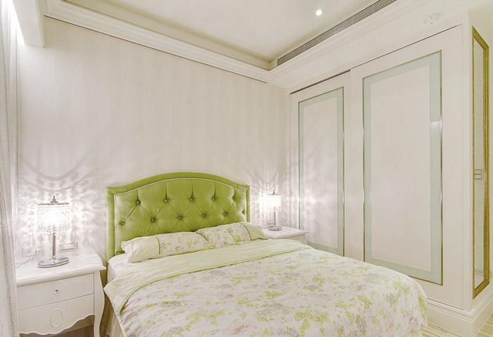 欧式风格小清新床头软包装修效果图图片