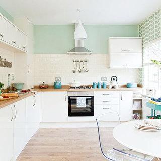 简约风格原木色厨房地板效果图