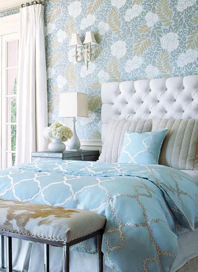 欧式风格白色床头软包装修