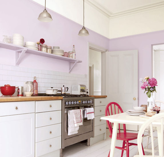 简洁白色厨房瓷砖效果图