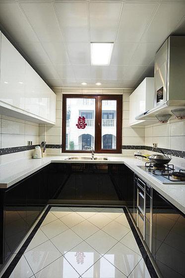 简约厨房集成吊顶设计