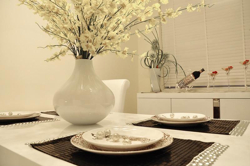 现代简约风格三居室温馨3万-5万90平米装修效果图