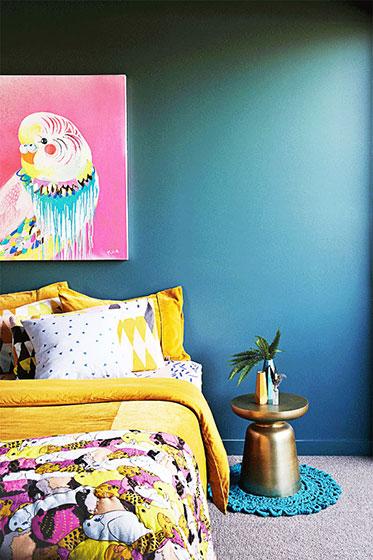 蓝色卧室床头装修效果图