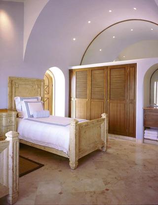 弧形简约卧室吊顶效果图