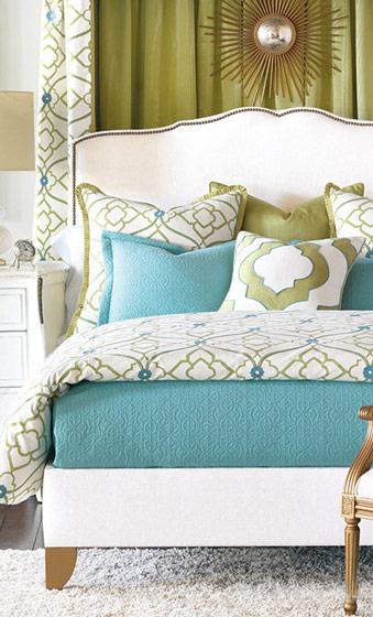 欧式白色卧室床头软包效果图