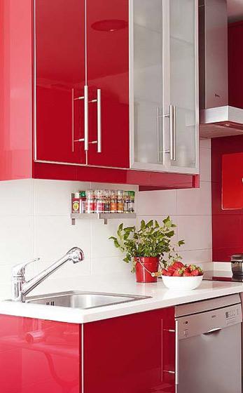 混搭风格红色橱柜设计图