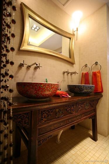 中式复古典雅卫生间效果图