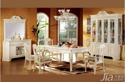家庭餐桌贵不贵 家庭餐桌价格介绍