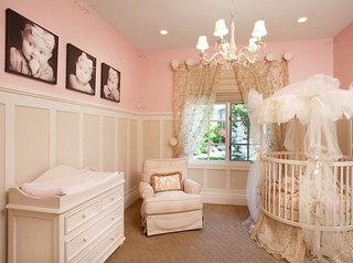 小型婴儿床图片