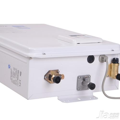 平衡式燃气热水器有什么特点