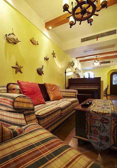三居室温馨暖色调20万以上130平米装修图片