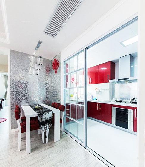 开放式厨房玻璃隔断设计图片