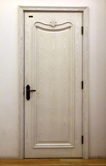 白色欧式木门装修效果图