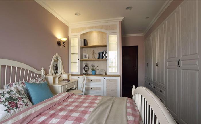 地中海白色卧室衣柜设计图