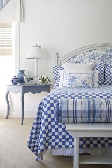 清新蓝色床头软包装修效果图