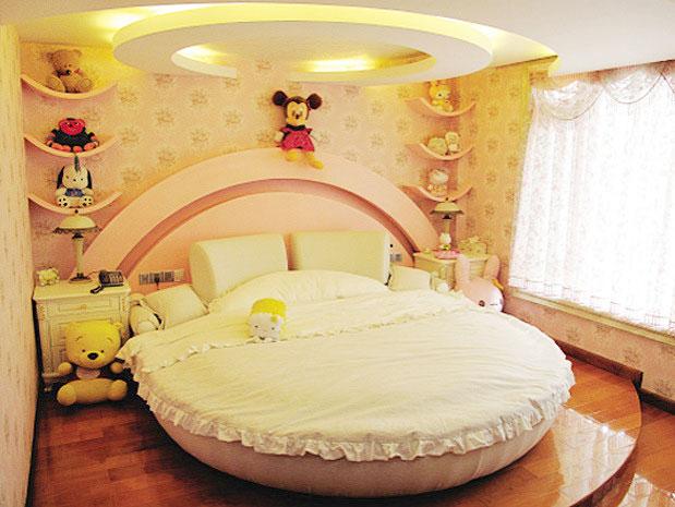 姜黄色软包儿童床效果图图片