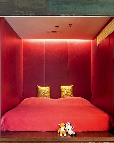 红色卧室设计图片