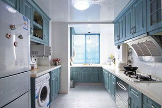 清新蓝色浪漫厨房设计效果图