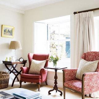 白色客厅飘窗窗帘效果图