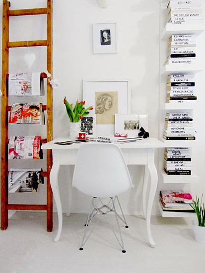 白色开放式小书房