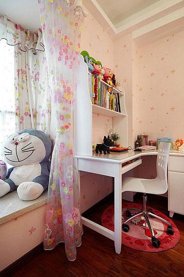 梦幻粉色女生书房