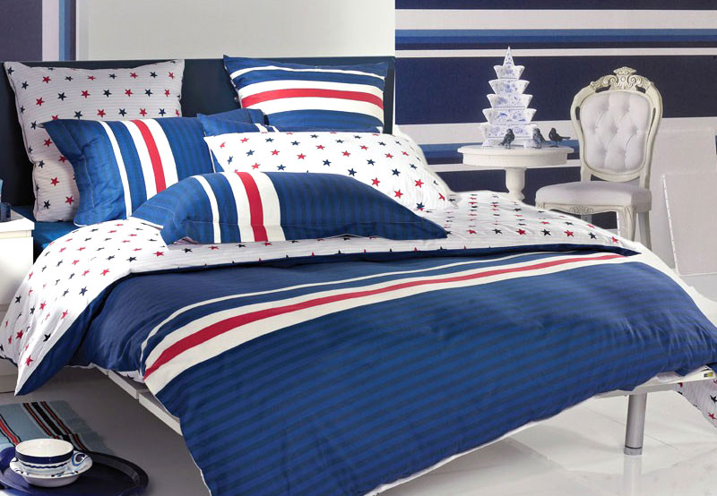 时尚蓝色布艺床品