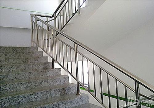 不锈钢楼梯好不好 不锈钢楼梯扶手好不好