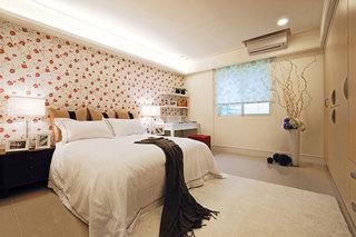 舒适裸色系卧室设计