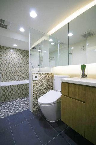 现代简约卫生间设计效果图