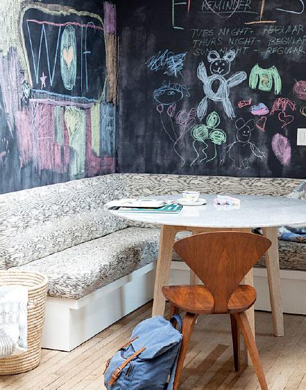 黑板爬上餐厅背景墙