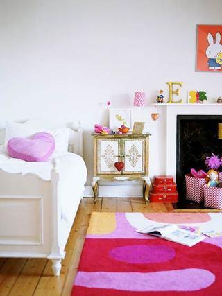 清新红色女生卧室