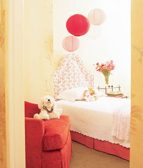 红色浪漫女生卧室