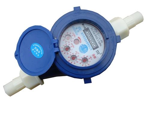 水表内的齿轮长时间处于高温状态,容易变形老化,大大影响水表的计量