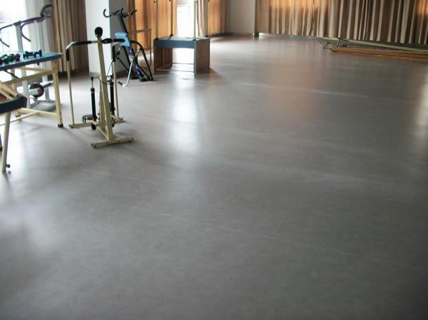 塑胶地板的保养