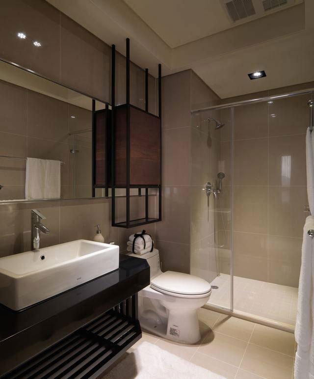 混搭卫生间设计效果图