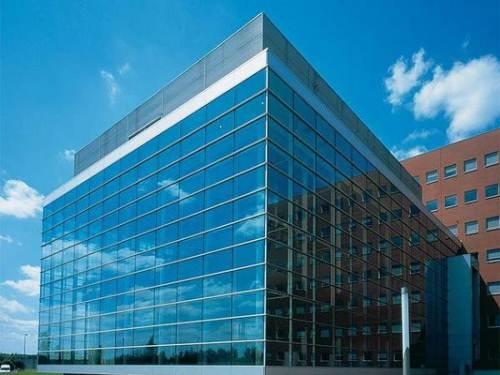 齐家百科 建材百科 基础材料 镀膜玻璃    最多的是热反射玻璃和低
