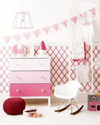 粉色收纳柜